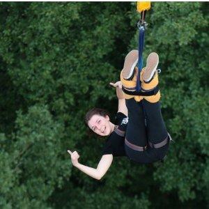 双人票价 €139(原价€278)AJ Hackett 140米高双人蹦极限时折扣 情人节和你的爱人勇敢一次吧