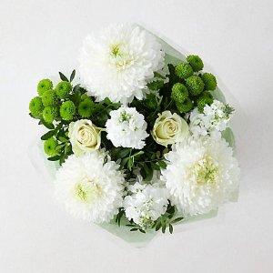 免运费M&S 精选当季鲜花、花篮、花束 定期鲜花上门服务£20/月