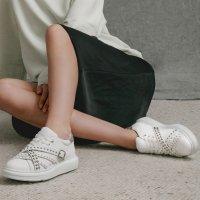 Pedder Red 铆钉厚底小白鞋