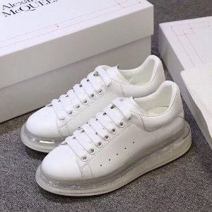 低至4折 新款小白鞋€343