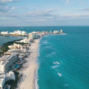 As low as $206Phoenix to Cancun Mexico Round-Trip Airfare Saving