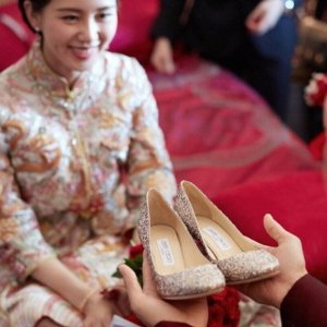 低至6折 刘诗诗大婚同品牌Jimmy Choo 女士高跟,平底,凉鞋等