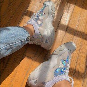 5折起+额外6折 $41.4收粉丝晒货同款Skechers Converse等 运动鞋履精选 $30收FILA复古运动鞋