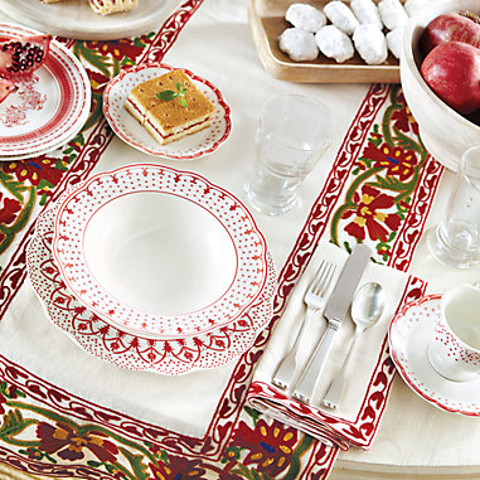 Up to 48% OffBallard Designs Christmas Dinnerware & Holiday Entertaining