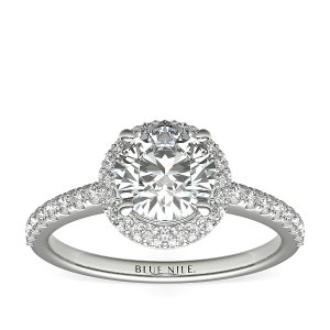 Blue Nile钻戒Rollover Diamond Halo Engagement Ring in 14k White Gold (1/2 ct. tw.) | Blue Nile