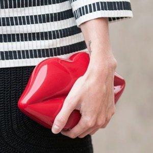 低至3折 £18入红唇卡包Lulu Guinness 美包美鞋配饰等年中大促 收经典红唇系列