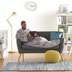 €22.41就收AmazonBasics 可以穿在身上的毛绒毯 秋冬宅家保暖神器