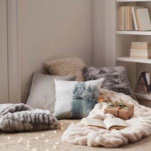 低至3折 $12.5收天鹅绒抱枕Indigo、Essex Park、OUI 抱枕绒毯热卖 装饰慵懒房间