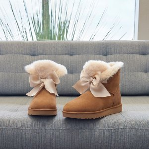 Up to 40% Off Women's & Men's boots sale @UGG Australia