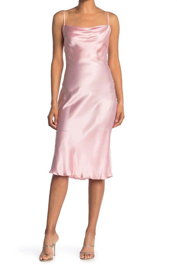 缎面连衣裙