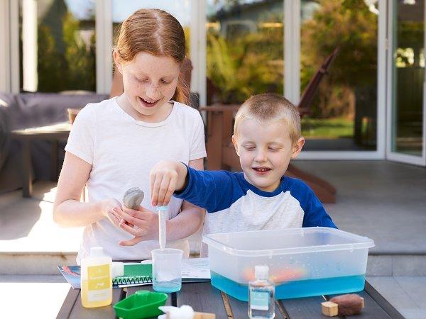 环境科学: 用油清洗,适合年龄 5+