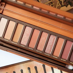57% OffMacy's Urban Decay Naked Heated Eyeshadow Palette Sale