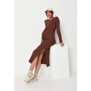 MissguidedMissguided - Chocolate Rib Belted Split Side Maternity Midi Dress