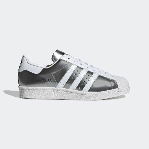 银灰金属配色贝壳鞋