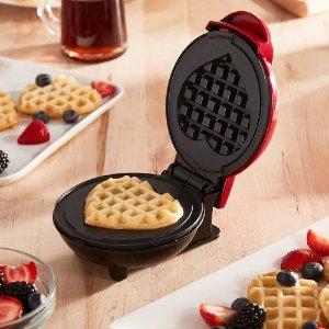 DashMini Heart Waffle Maker