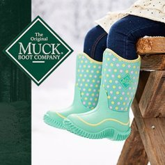 Up to 55% OffMuck Kids Rain Boots Sale @ Zulily