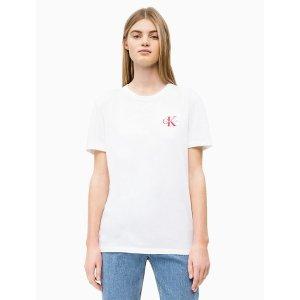 Calvin KleinEmbroidered Monogram Logo Straight T-Shirt