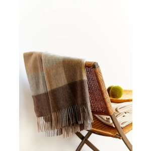 Cashmere Plaid Throw with Fringes