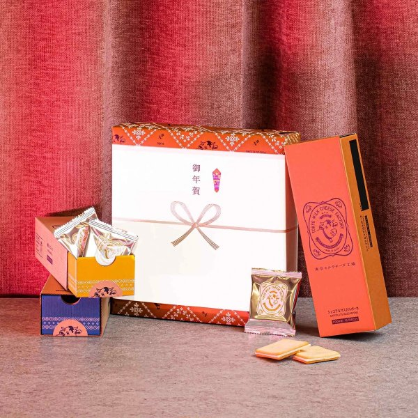 东京牛奶奶酪工厂礼品盒:巧克力曲奇组合(30件,3种口味)