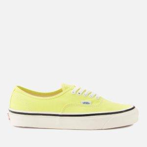 Vans淡黄色滑板鞋