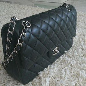 ChanelNever wornLe Sac Icone small in lambskin