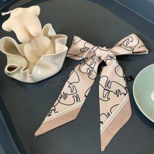 新品8.5折+送丝巾 €70收连衣裙Jovonna London 春夏新款闪促 法式蕾丝元素满满 仙女必备
