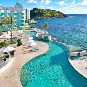 低至5.8折, 仅$699荷属圣马丁岛 双人5晚单间套房住宿 带私人泳池 享法国荷兰文化风情