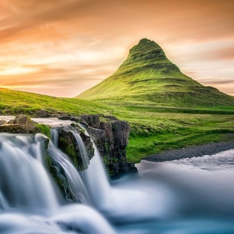 £69人起+额外8.5折 含接送机服务冰岛精选北极光、蓝湖、黄金圈游览热促  一生必追一次极光