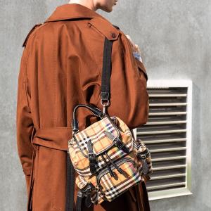 6折+包关税 封面$919 风衣$1200+11.11独家:TESSABIT 精选Burberry羊绒围巾、鞋包等热卖
