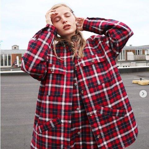 低至3折+额外9折 新款8.5折 限量款夹克£3611.11独家:Monki 大衣外套专区 甜美又简约 收修身大衣、工装夹克、泰迪熊外套