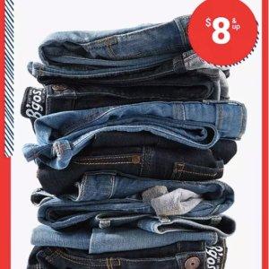 包邮+$8-$12/条 原价$28-$34/条Oshkosh Bgosh官网 儿童牛仔裤 Doorbuster 促销 0-14岁码都有