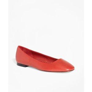 Brooks Brothers红色亮面平底鞋
