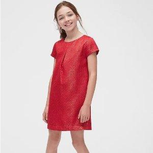 低至5折+额外8折 封面女童裙$26.39最后一天:Gap官网 儿童服饰优惠 经典Logo卫衣$15.99