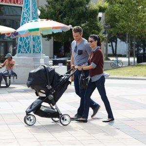 7折+免邮闪购:Baby Jogger 精选童车,安全座椅促销