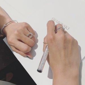Up To 50% OffDecoration and Crystal  pen sale @ Swarovski
