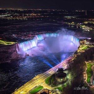 12月14日~1月10日Niagara Falls 尼亚加拉瀑布 打卡冬季户外灯光节