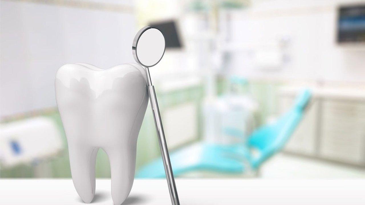 看牙医英文大全 | 洗牙、补牙、植牙、口腔溃疡英文词汇,常用英语对话