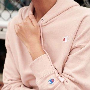 低至5折 粉色卫衣$34Champion 新款服饰热卖 收卫衣、外套