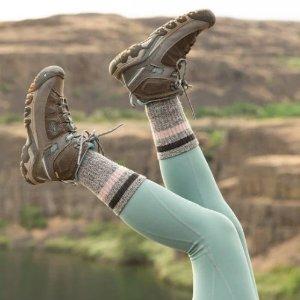 热销款上新KEEN官网 女款防水短靴、运动鞋等高品质户外鞋履