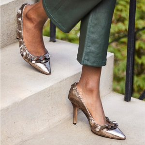 Up to 70% OffTHE OUTNET Shoe Sale