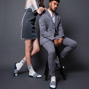 低至5折+额外8折 人字拖£9起adidas 时尚百搭拖鞋促销,男女款都有