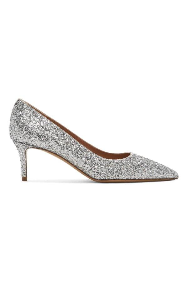 银色亮片高跟鞋