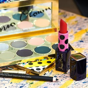 New Dynamic Limited-Edition MakeupHarvey Nichols Exclusive Estee Lauder x Duro Olowu Collection
