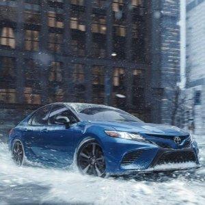 回应粉丝需求 神车新增配置Toyota 发布 Camry & Avalon 四驱版