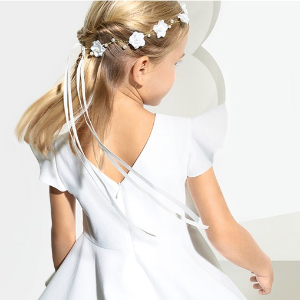 30-50% OffWhite Color Summer Kids Apparel Sale @ Jacadi Paris