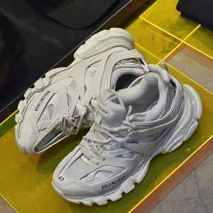 低至3折+部分额外9折+包税上新:24S 夏季品牌大促 新款老爹鞋$531 MJ相机包$175