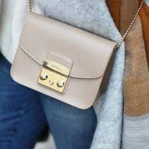 低至5折Furla澳洲官网  精选时尚美包促销