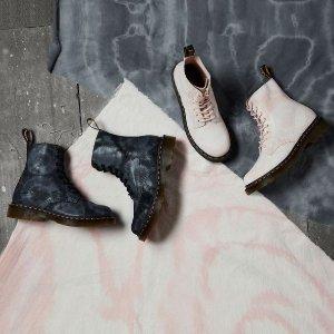 低至5.8折 封面左款£118Dr. Martens 专场大促 8孔经典款1460、小花靴等速收