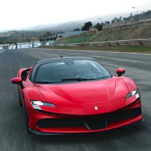 比肩LaFerrari的量产公路车豪车共赏 Ferrari SF90 Stradale 超级跑车 柠檬真的一点也不酸