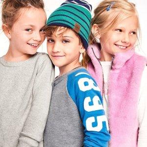 $2.99海量选择折扣升级:OshKosh童装官网 冬季甩卖低至1.9折 4折封顶,14岁以下都有